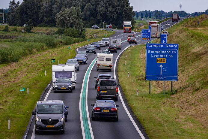 Het verbreden van de N50 bij Kampen wordt waarschijnlijk zo'n 2 miljoen euro duurder. Wie gaat dat betalen?