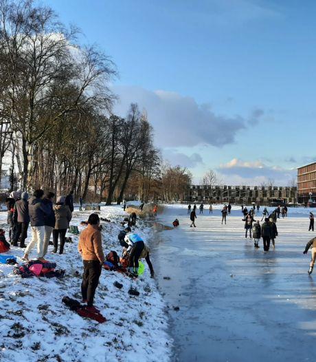 Schaatsen? Nog niet in de uiterwaarden maar wel op het water bij de Campus in Wageningen