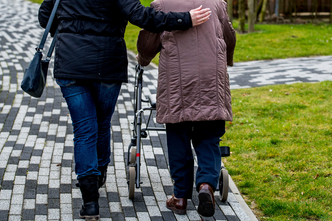 """Olfert Koning: """"Simpelweg een rondje wandelen met iemand of een praatje maken is al fijn."""""""