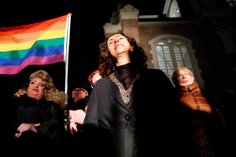 Burgemeester Femke Halsema in 2019 tijdens de Viering van de Liefde bij het Homomonument: een reactie op de orthodox-protestantse Nashvilleverklaring, waarin homoseksualiteit wordt afgewezen.