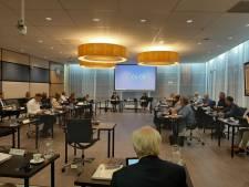 In 'praatgroepjes' neemt politiek Geertruidenberg zichzelf onder de loep