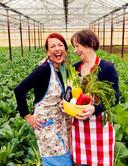 Arlette en Sientje Swartjes kokkerellen al geruime tijd samen en stellen nu hun kookkunsten te boek.