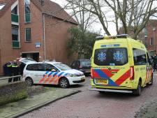 Jonge Hagenaars steken elkaar bij ruzie in Puccinistraat, familie valt cameraman aan