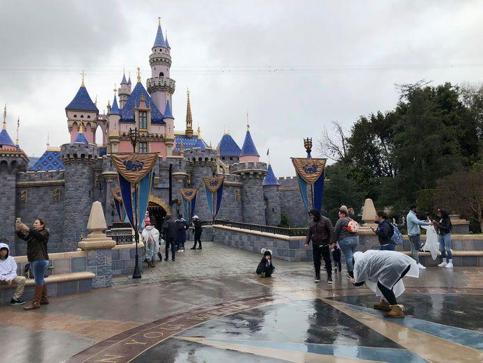 Disneyland ruim een jaar geleden, voor het de deuren sloot.