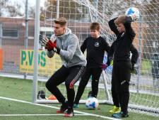Plan: maak jeugd lid van één fusieclub, zodat ze onderling wedstrijden kunnen spelen. Maar gemeente zegt nee