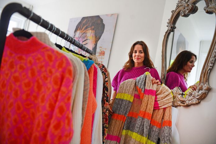 Lisanne Reith uit Enschede begint haar eigen kledingwebshop: Dolce Vita.