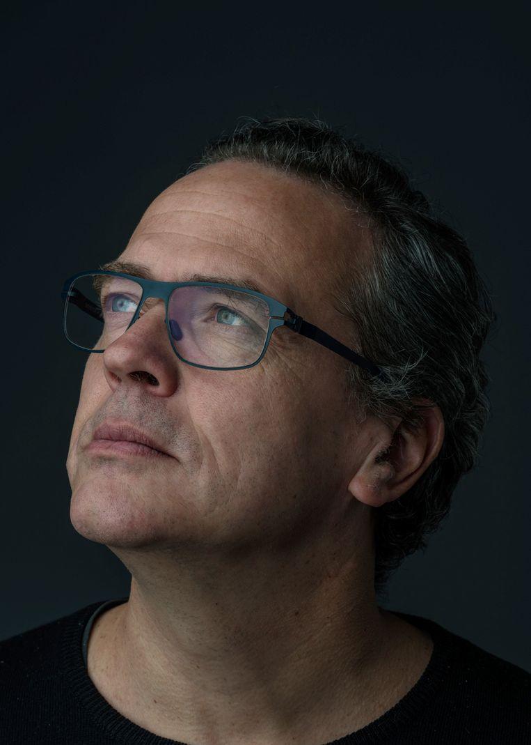Guus van Vorstenbosch - Designer en eigenaar bij Gust, dat onder andere huisstijlen en logo's voor bedrijven ontwerpt. Beeld JEROME DE LINT