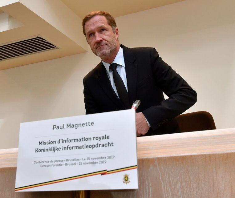 Koninklijk informateur Paul Magnette (PS) legde de partijen vorige week een nieuwe nota voor. Beeld Photo News