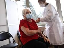 Line Renaud s'est fait vacciner contre la Covid-19