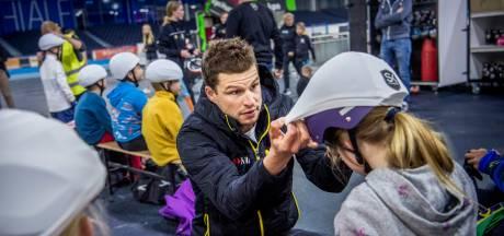 Kinderen leren schaatsen op Sven Kramer Academy: 'Ik wil iets tastbaars achterlaten'