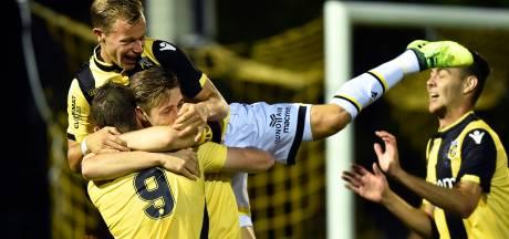 Blij en swingend Jong Vitesse bedwingt 'de Roden'