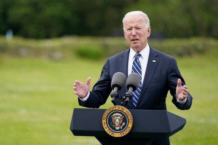 President Joe Biden vertelt donderdag op de G7-top over zijn plan om coronavaccinaties te doneren aan andere landen.  Beeld AP