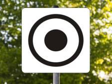 Dit verkeersbord staat in heel Duitsland, maar bijna niemand weet wat het betekent