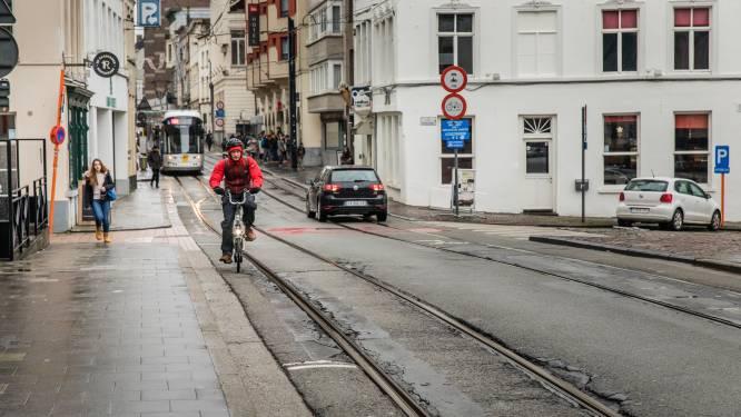 Nergens meer fietsers naar spoed door valpartijen op tramsporen dan in fietsstad Gent: bijna 500 opnames in 1 jaar tijd