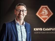 Van der Zee kritisch op BVO's: 'Weinig focus en geld voor vrouwenvoetbal'