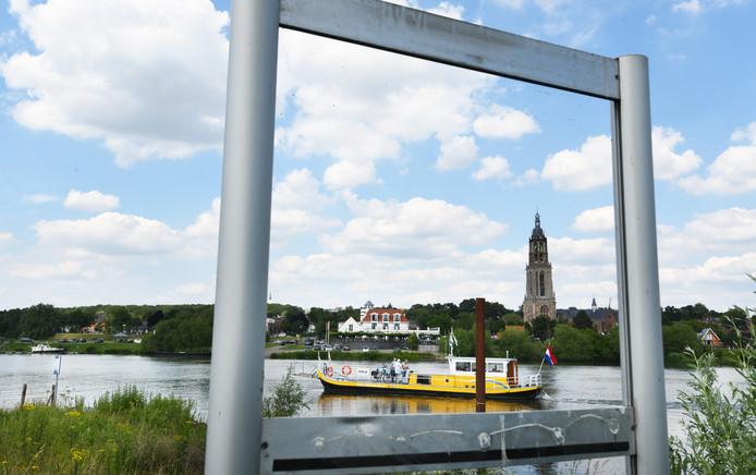 Het voetveer vaart weer dagelijks van Lienden naar Rhenen.