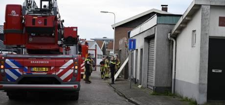 Brandweer Almelo rukt groots uit voor 'schuurbrand'