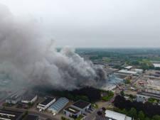 Asbest vrijgekomen na zeer grote brand in Vorden: 'Dit is een ramp'