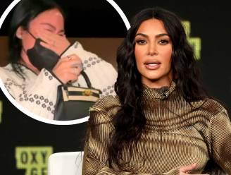 Kim Kardashian trakteert voormalige assistente op handtas van 25.000 dollar