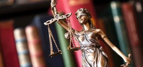 Schoonmaker veroordeeld voor aanranding op middelbare school in Goes