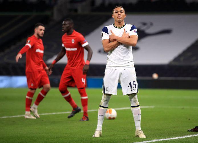 Carlos Vinícius scoorde in de groepsfase tegen Antwerp.
