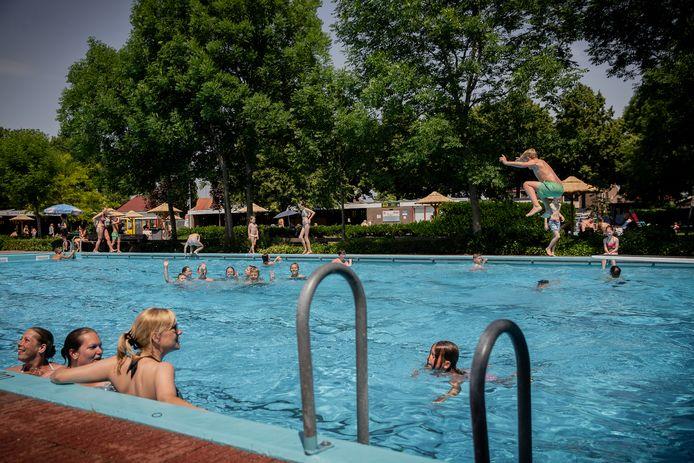 Zwemmen op woensdagmiddag in Dreumel