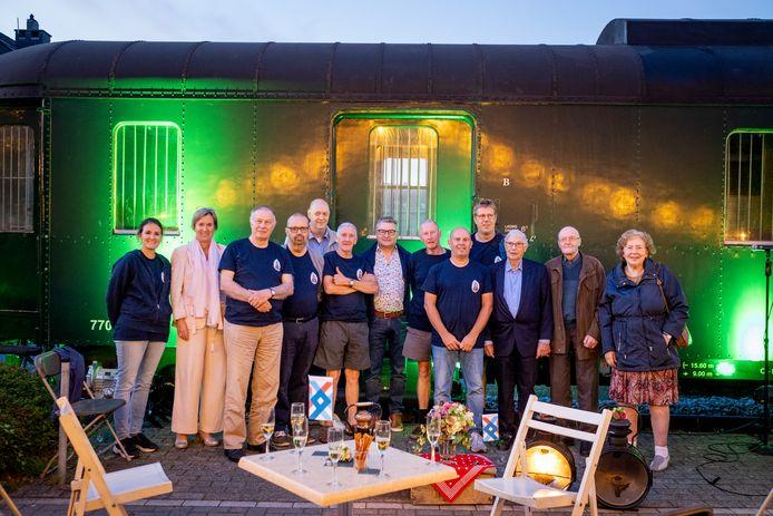 De boekvoorstelling '150 jaar station Puurs' vond plaats aan het Seinhuisje op de Seinhuiskaai