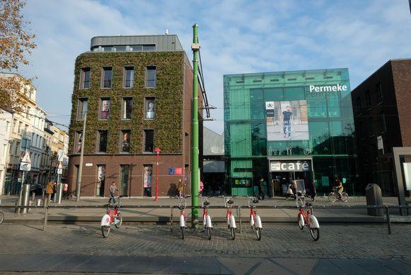 Bibliotheek Permeke op het De Coninckplein.