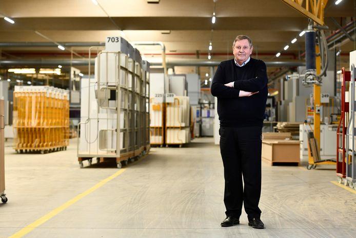 Dovy Keukens Legt Productie Week Stil Na 20 Positieve Gevallen In Fabriek Roeselare Hln Be