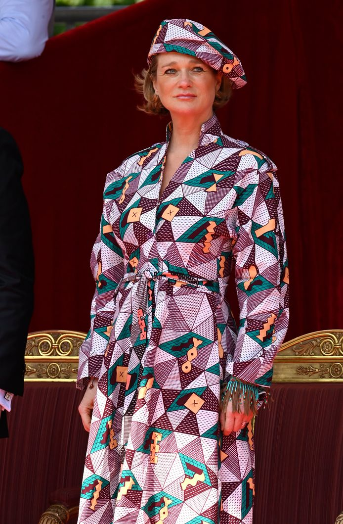 Een blik op de outfit van Delphine.