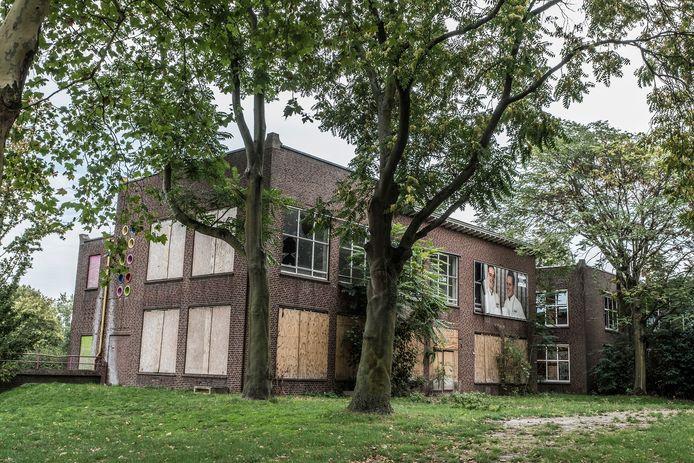Mogelijk verdwijnt het oude mavo-gebouw aan de Picardie om plaats te maken voor het kindexpertisecentrum in Gennep.