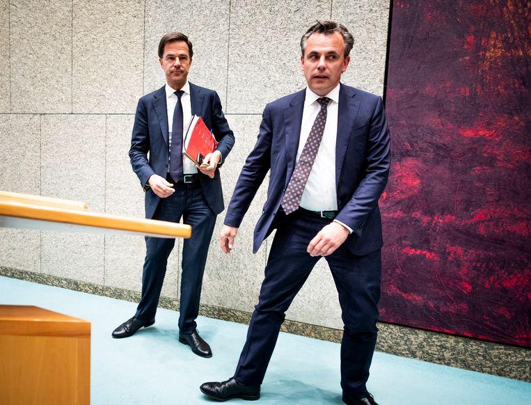 DEN HAAG - Premier Mark Rutte en staatssecretaris Mark Harbers van Justitie en Veiligheid. Beeld