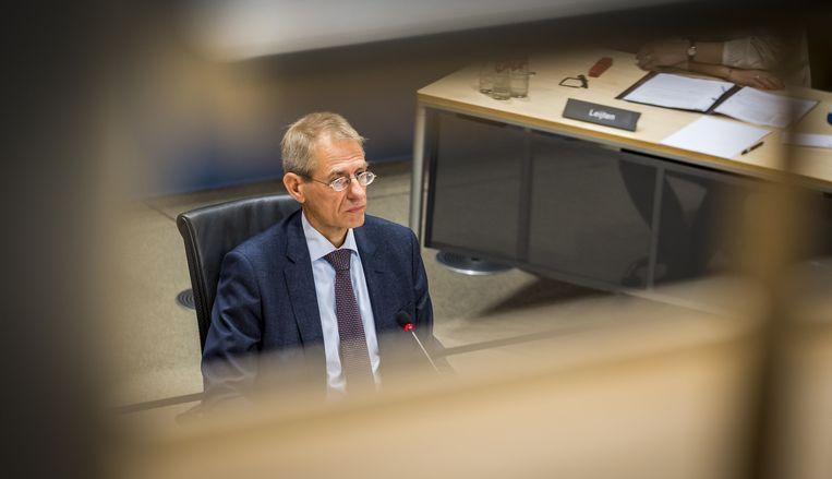 Jaap Uijlenbroek, directeur-generaal Belastingdienst tussen 2017 en 2020, wordt gehoord door de parlementaire enquetecommissie Kinderopvangtoeslag.  Beeld ANP