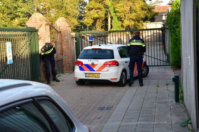 Toen Helmond in 2018 steeds meer overlast kreeg van cocaïnedealers, viel de politie in oktober op vele plaatsen binnen in drugspanden. De bende werd opgerold, maar anderen roken daardoor een kans om het gat in de markt weer op te vullen.