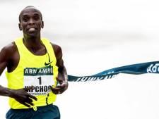 Kipchoge maakt status waar in rommelige marathon