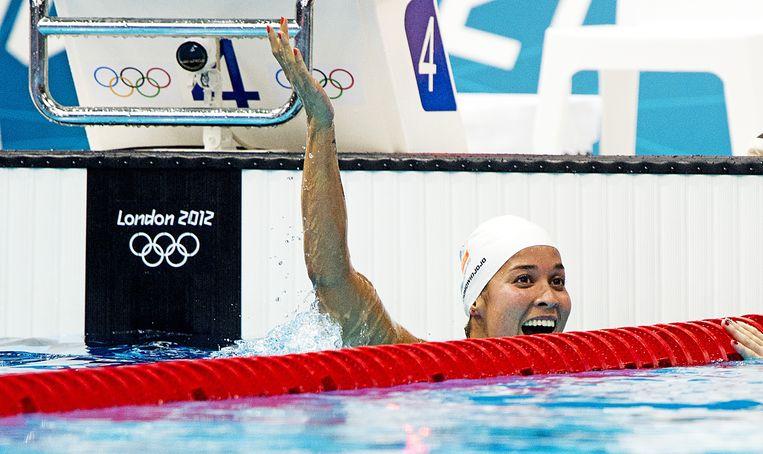 2012-08-02 LONDEN - Ranomi Kromowidjojo wint de finale 100 meter vrij in het Aquatics Centre tijdens de Olympische Spelen in Londen. ANP ROBIN UTRECHT Beeld ANP