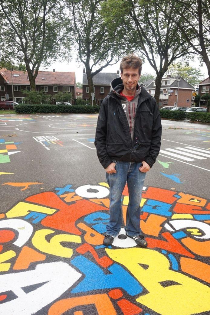 Kunstenaar Joep van Gassel
