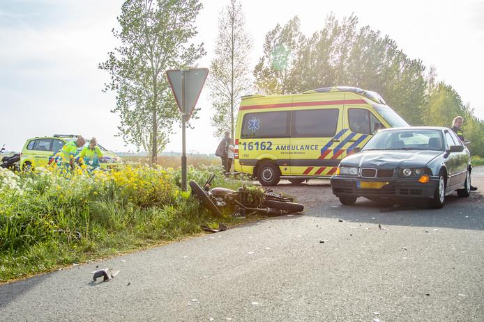 Scooterrijder raakt ernstig gewond in Wilnis.