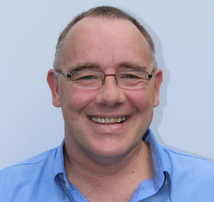 Rob Pyne vond 30 jaar na zijn duikongeval zijn portemonnee terug.
