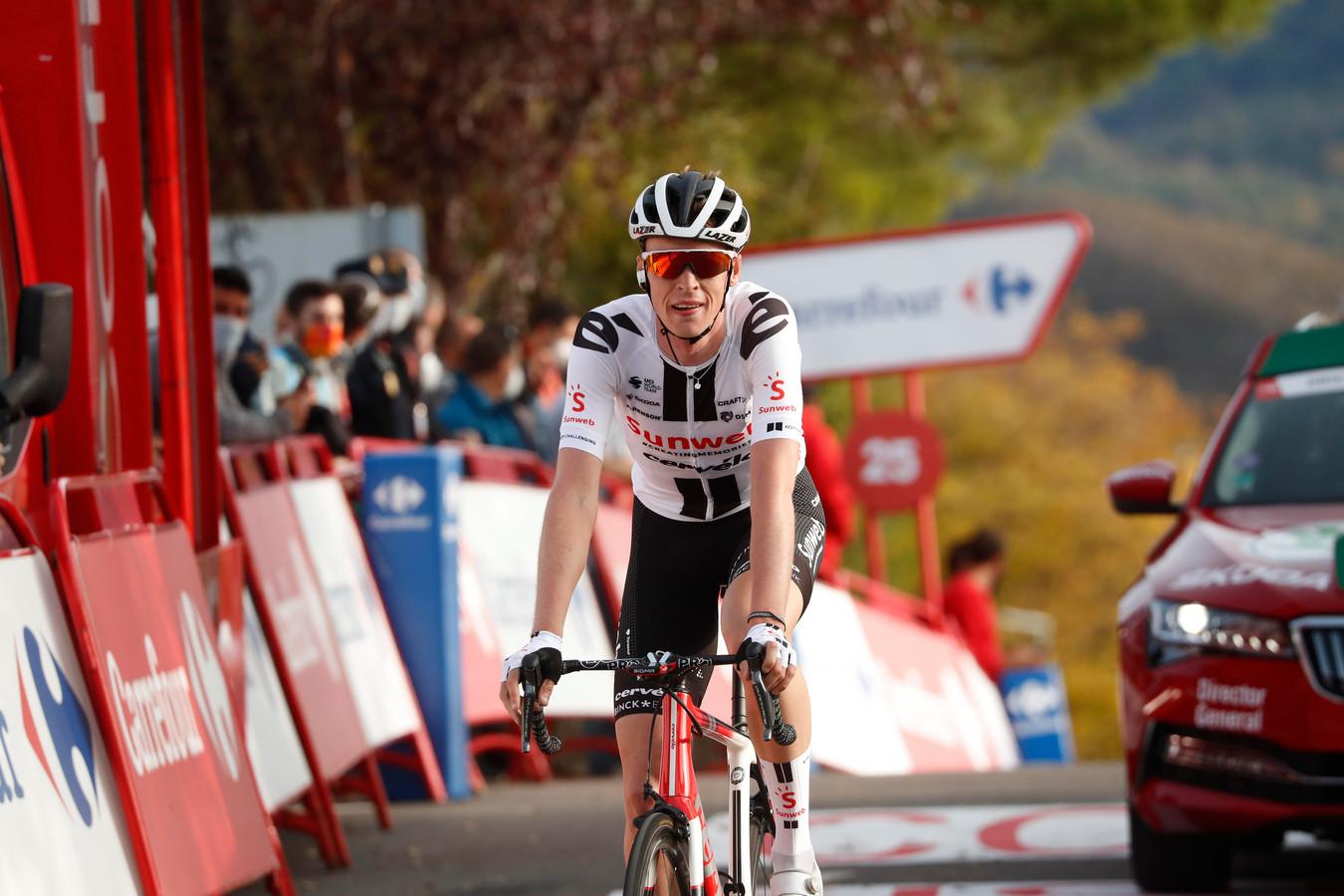 Arensman eerder in de Vuelta.
