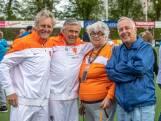 Sjaak Swart leert senioren in Zwolle wat scoren is