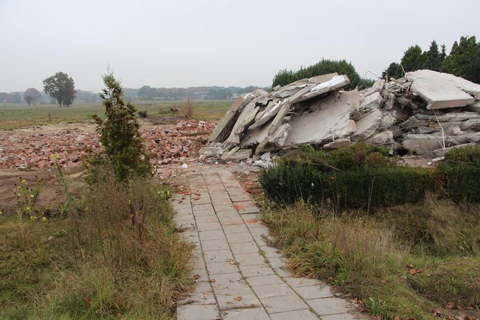 De woning van Teesink na sloop voor de N18.