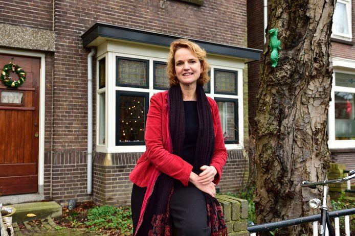 Catheleyne van der Laan schreef het boek 'Ongemerkt verder'.