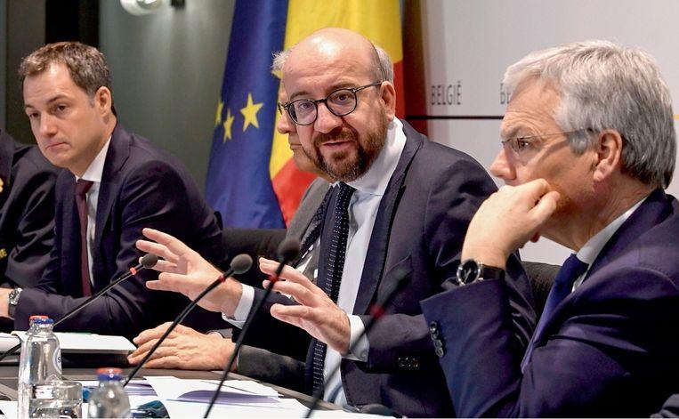 Dave Sinardet: 'De regering-Michel heeft 22 zetels verloren. Dat verlies kunnen ze niet op de Franstaligen of op het systeem steken, want het was een Vlaamse regering met een Franstalige premier.' Beeld
