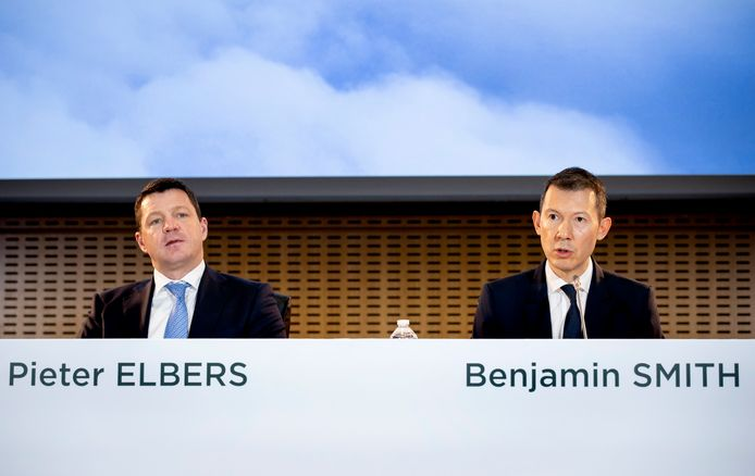 De Nederlander Pieter Elbers (ceo KLM, links) en de Brit Ben Smith (ceo Air France-KLM).