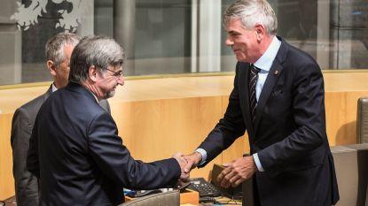 LIVE. Vlaams parlement start zonder nieuwe regering, Dewinter opent zitting