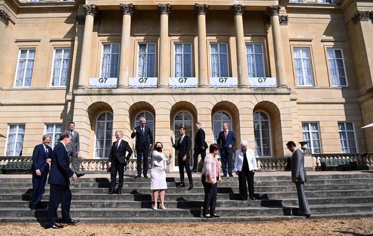 Ministers van Financiën van de G7-landen poseren voor een groepsfoto in Londen.  Beeld EPA