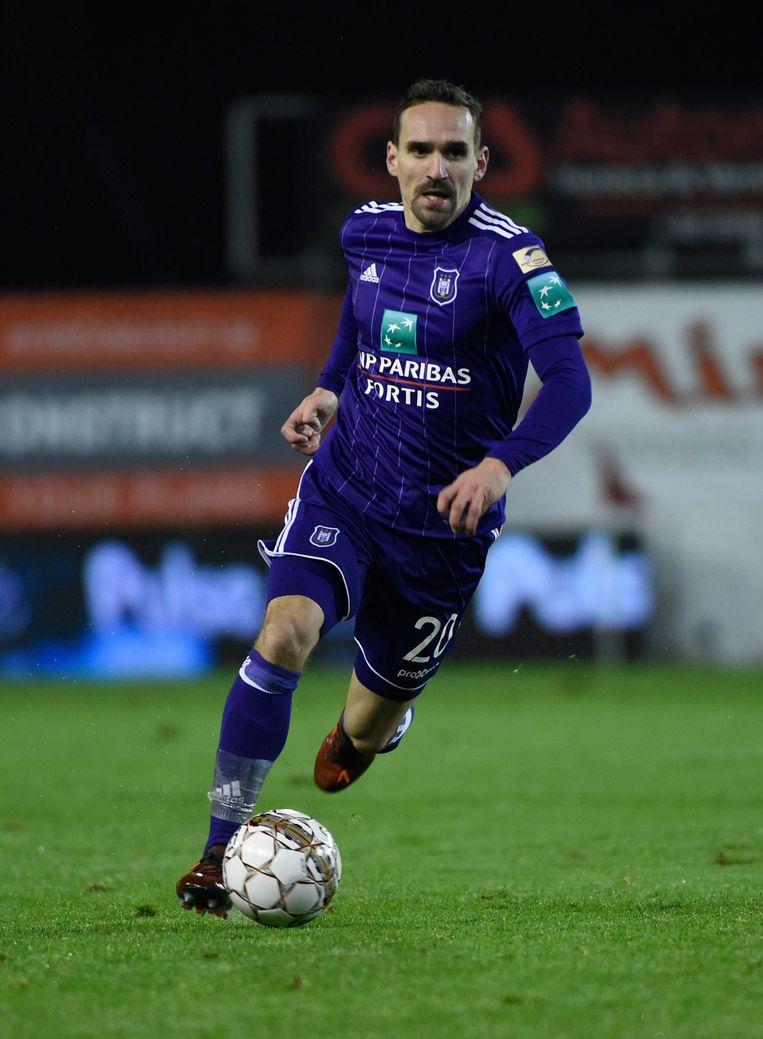► Kums was een van de weinige spelers die de middelmaat overstegen bij Anderlecht. Beeld Photo News