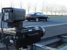Auto rijdt 129 km per uur over Grote Baan in Landhorst: flits!