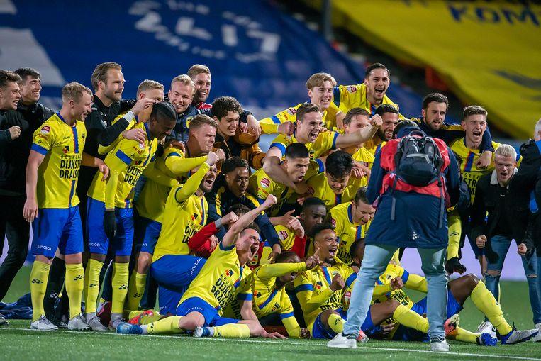 De spelersploeg van Cambuur nam gisteren alvast een voorproefje op de promotie Beeld Pro Shots / Niels Boersema